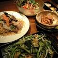 写真: 空心菜炒めの量がパない!
