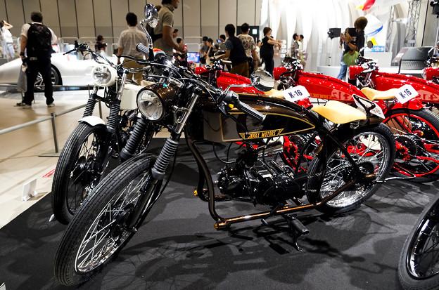 謎の男 #003 SNAKE MOTORS K-16_ブラック