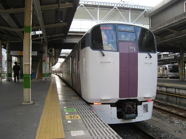 215系 東チタNL4編成 ホリデー快速ビューやまなし 千葉駅