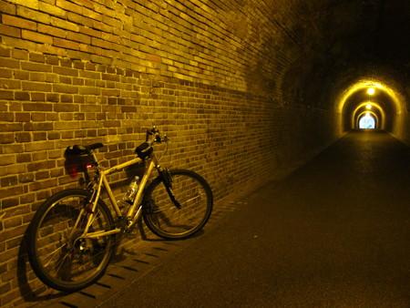 宇津ノ谷 明治のトンネル内3