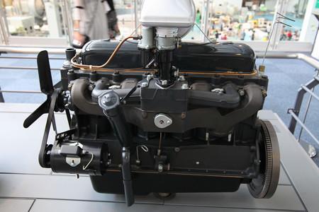 トヨタ初6気筒エンジン