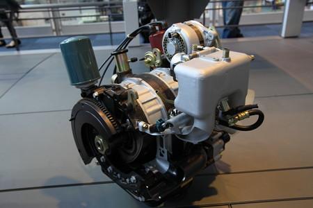 トヨタ初ロータリーエンジン