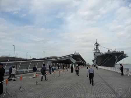 121012-大桟橋 海自観艦式(32)