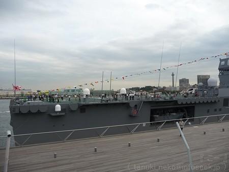 121012-大桟橋 海自観艦式(40)