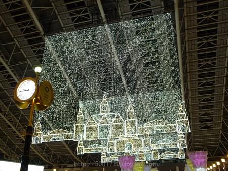 131229-大阪駅 時空の広場(夜) (2)