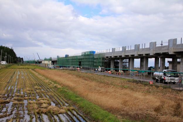 北海道新幹線高架橋建設中04-12.10.24
