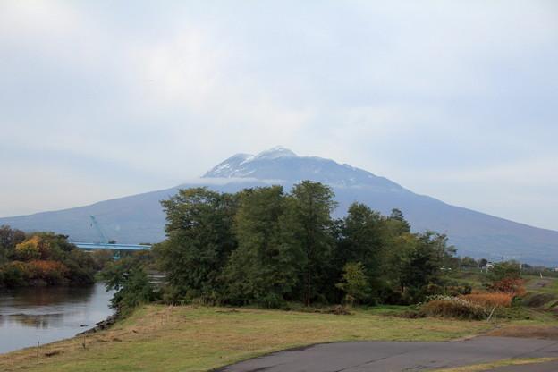 冠雪・岩木山02-12.11.05