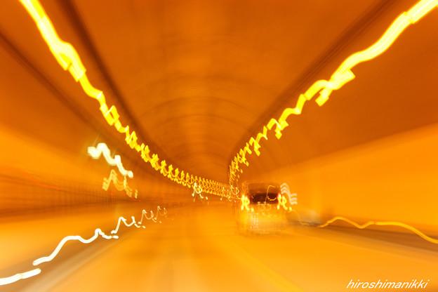 トンネル1-R