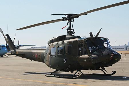 陸上自衛隊 UH-1J多用途ヘリコプター 機体番号41820 IMG_9397_2