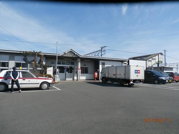 築城駅を駐車場より撮影