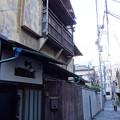 写真: 神楽坂の路地裏 (新宿区神楽坂)