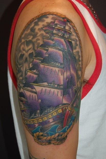 トラッドな帆船のタトゥー trad ship tattoo