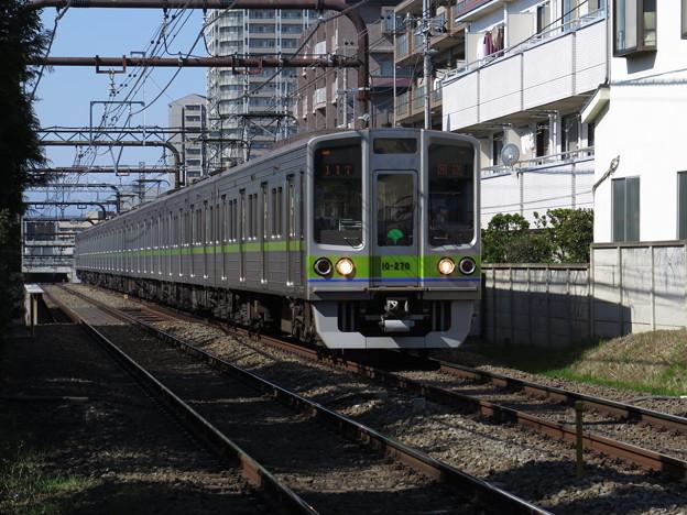 東京都交通局10‐270編成。10-000系のマイナーチェンジ車...