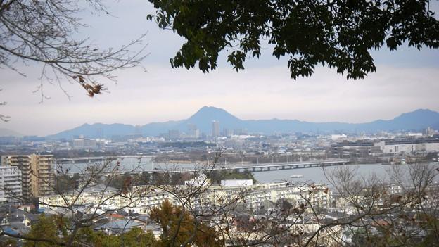 茶臼山から琵琶湖を望む