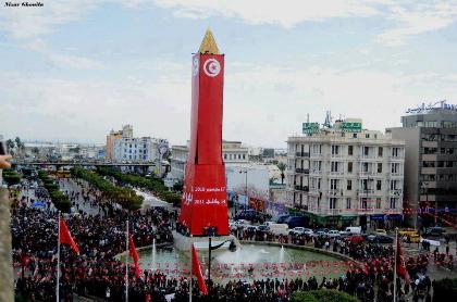 革命記念日の時計塔(@ブルギバ通り)