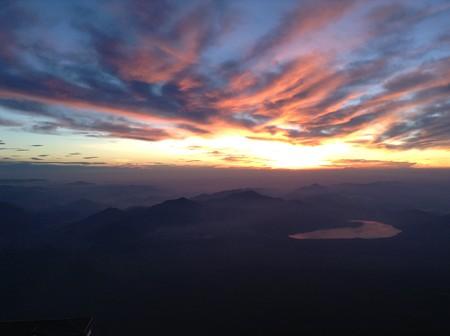 富士山6合目付近から山中湖方面を望む