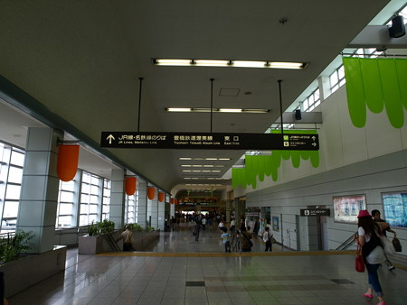 豊橋駅構内3