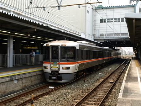 373系特急伊那路1号(豊橋駅)3