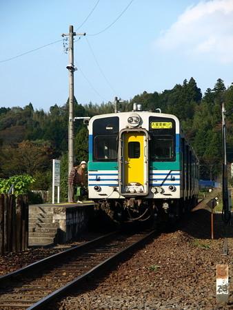 キハ30-100(上総松丘駅)2