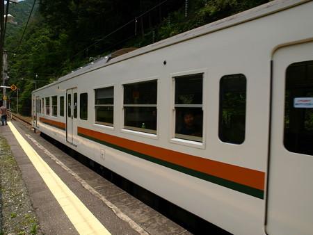 119系(小和田駅)6
