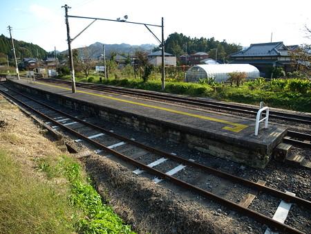 上総亀山駅1