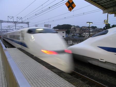 300系(新横浜駅)3