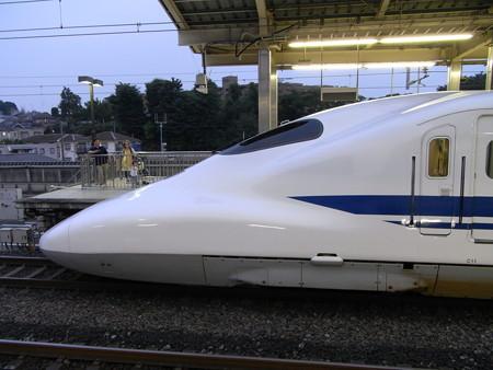 700系(新横浜駅)