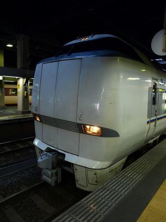 683系(金沢駅)2
