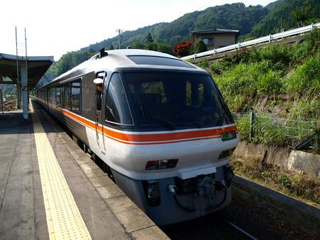 キハ85系(猪谷駅)2