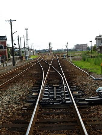 能町駅構内2