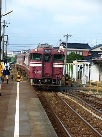 キハ40氷見線(能町駅)5