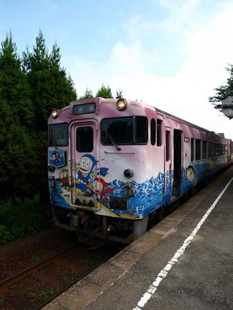 キハ40氷見線(越中国分駅)1