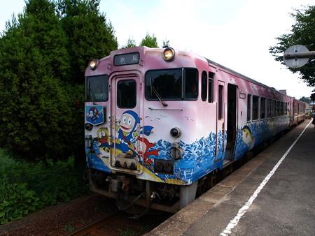 キハ40氷見線(越中国分駅)2