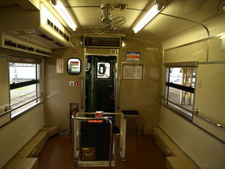 キハ47(氷見駅)3
