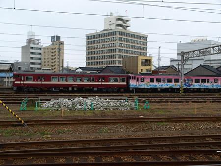 高岡駅36