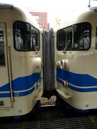 高岡駅68