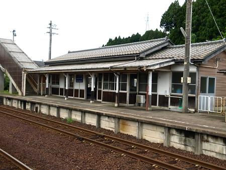 能登中島駅6