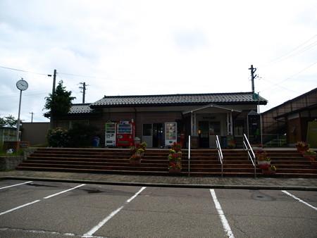 能登中島駅15