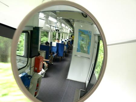 のと鉄道NT212車内