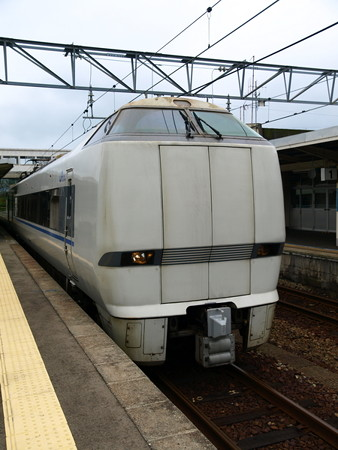 681系(はくたか21号)(和倉温泉駅)5