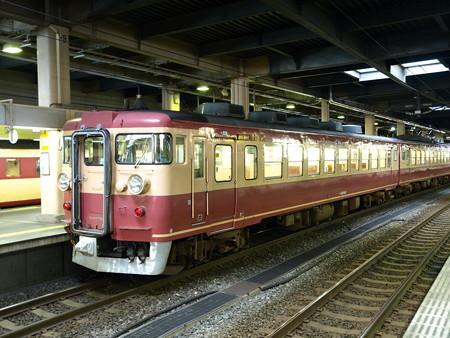 475系(金沢駅)2