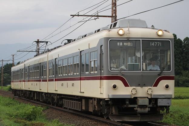 富山地方鉄道・朝の3連