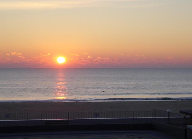 Photos: Sunrise in Ocean City