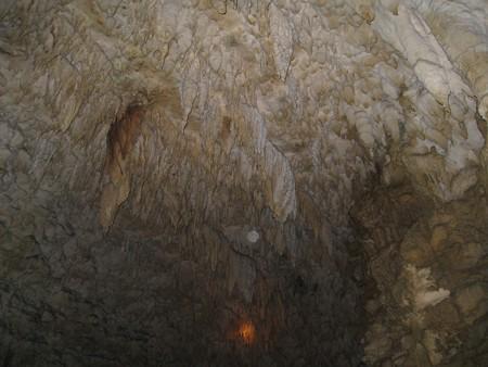 沖縄 玉泉洞5 真ん中にオーブ