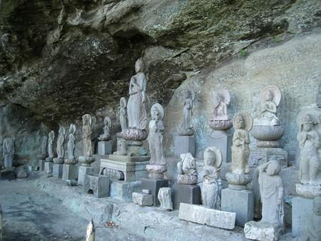 鋸山日本寺 千五百羅漢道1