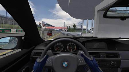 BMW 2013-05-13 18-10-40-75