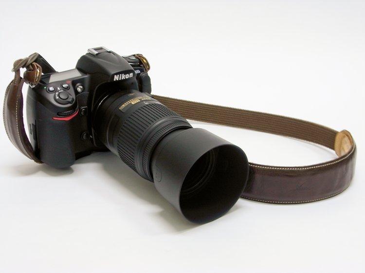 Nikon D300S + Nikon AF-S DX NIKKOR 55-300mm f/4.5-5.6G ED VR