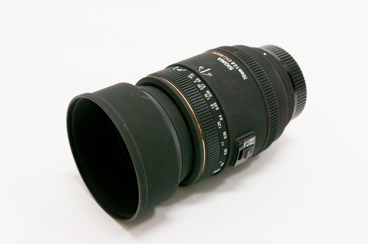 SIGMA MACRO 70mm F2.8 EX DG フード装着