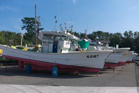 2012.09.13 田子の浦港 丘に上がった漁船