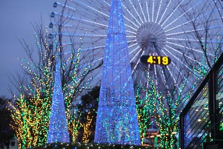 2012.11.30 みなとみらい ヒカリノモリ at クイーンズパーク